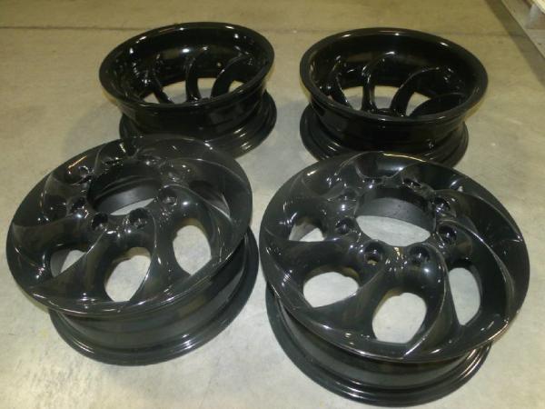 Set of powder coated rims